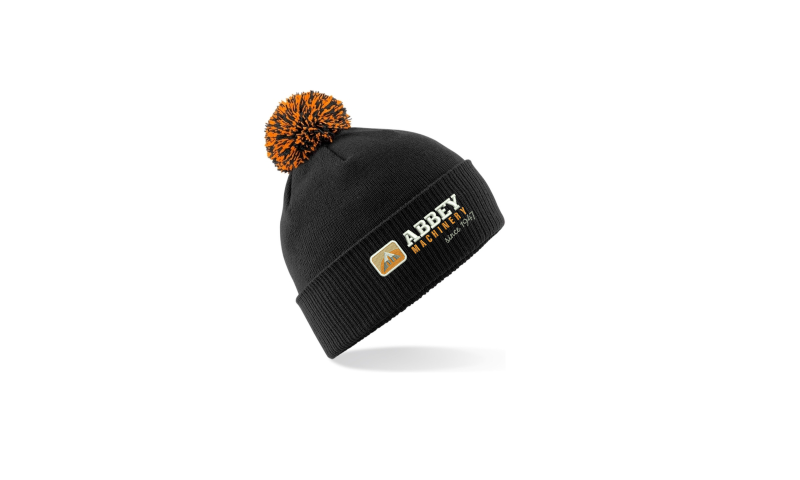 Beanie hat with ball